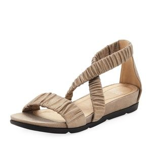 NEW Eileen Fisher Dylan Scrunched Metallic Sandal
